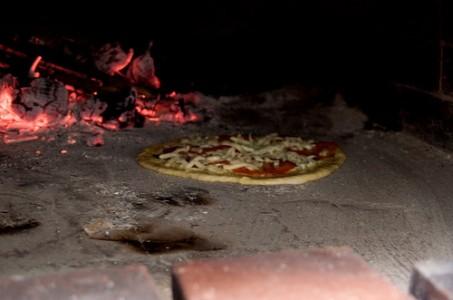 Kuvan pizza ei liity tapaukseen.  david owen via photopin cc