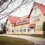 Kuntalaiset eivät halua Keski-Suomen Opistolle vastaanottokeskusta.