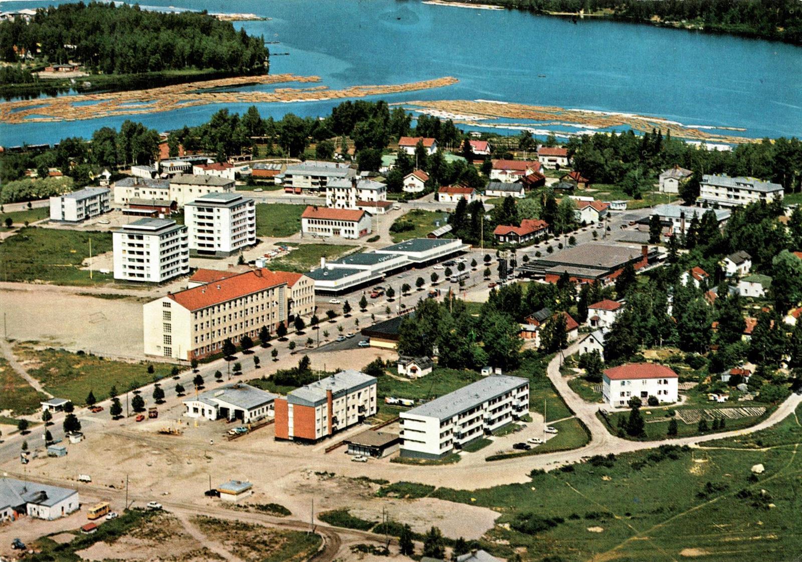 SuolahtiKarhumäki3379Kulk1971Väri