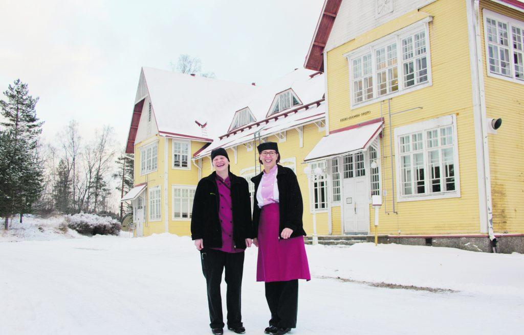 Tiina Muranen ja Liisa Hakala eivät muerhdi Opistolta lähtöään. Ainakaan vielä.
