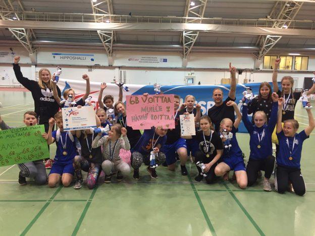 Koulunmäen yhtenäiskoulun 6B on koululaisyleisurheilun ykkösjoukkue Keski-Suomessa.
