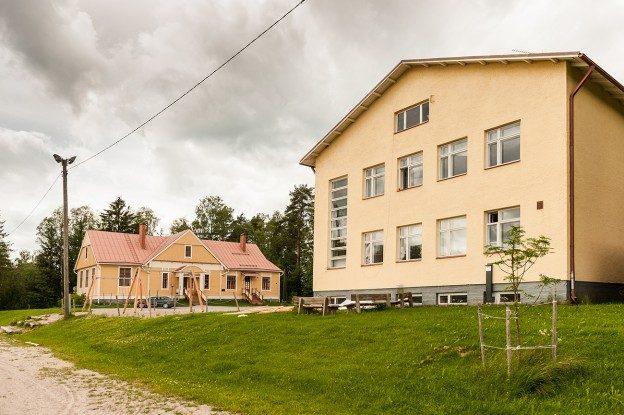 Koiviston koulun läheisyyteen kaavoitetaan uusia tontteja.