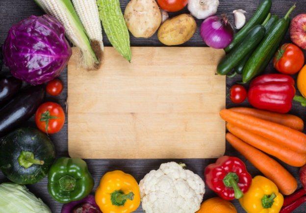 Valiokunta korostaa, että lähellä tuotettu luomuruoka on turvallista ja helposti jäljitettävissä.
