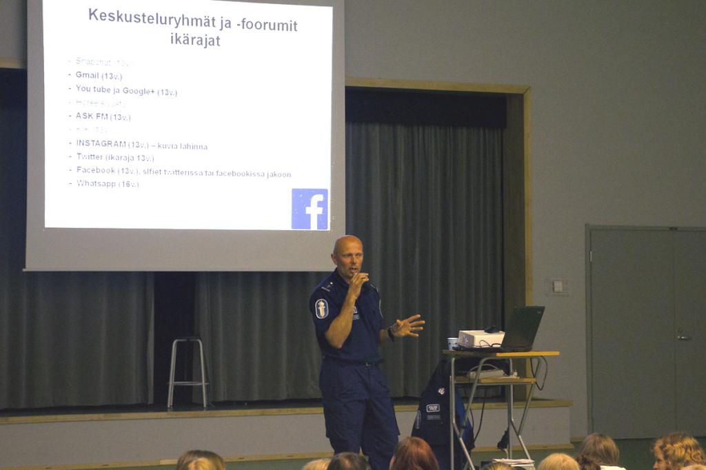 Koulun mäen koulu turvallisuuspäivä 26.5.14 3