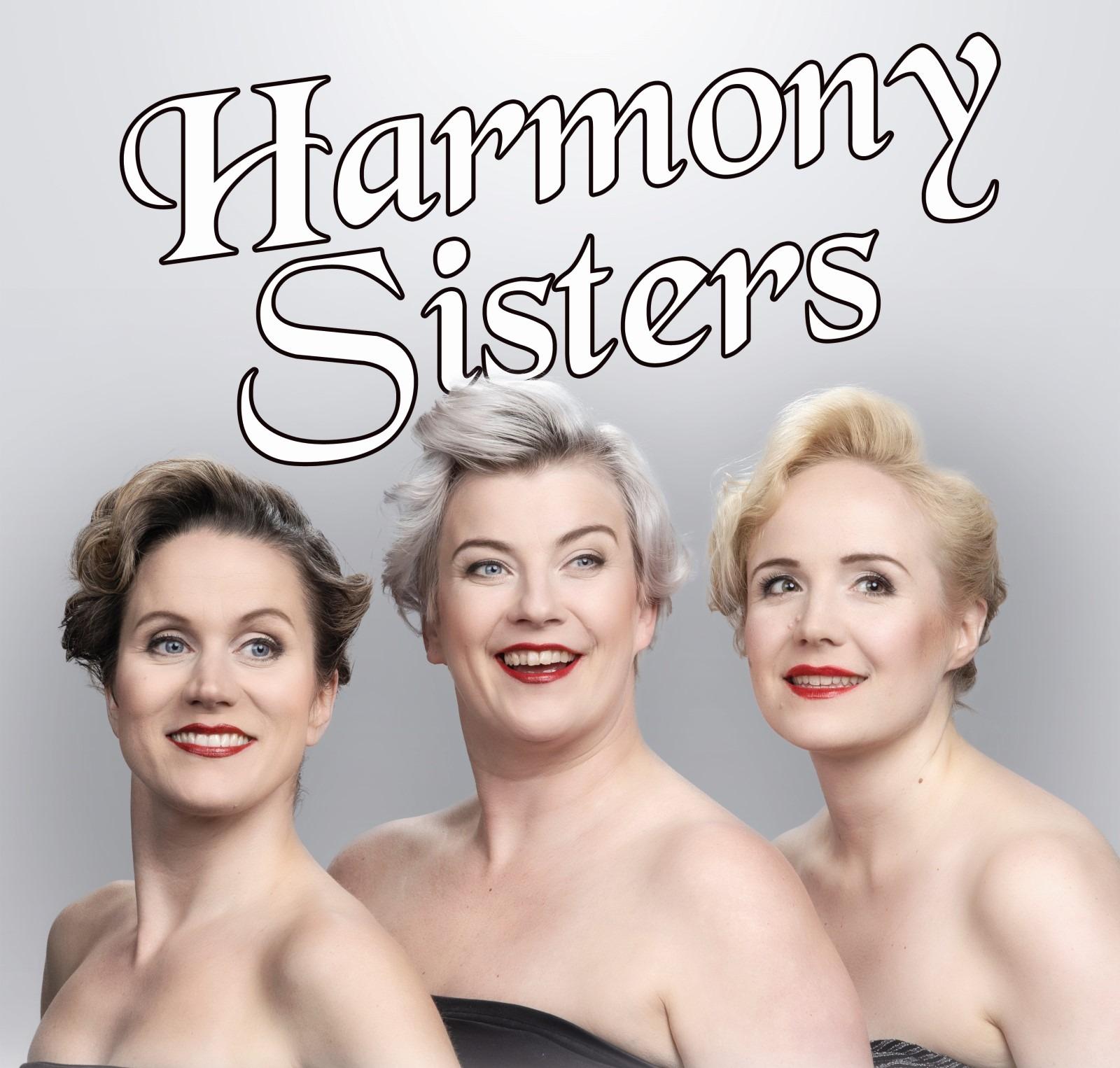 Teatteri Eurooppa Neljän Harmony Sisters tekee palvelutalokiertueen Konginkankaalla,...